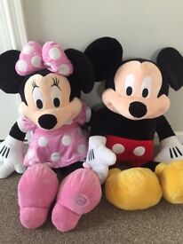 """Minnie and Mickey Mouse Disney 25"""""""
