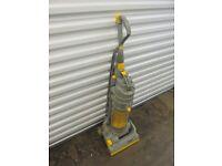 DYSON DS 04 vacuum cleaner