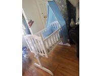 Baby crib good as new