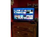 """JVC 32"""" LED tv & dvd combi .. hardly used"""