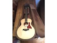 Taylor gs mini guitar mint condition as new with case