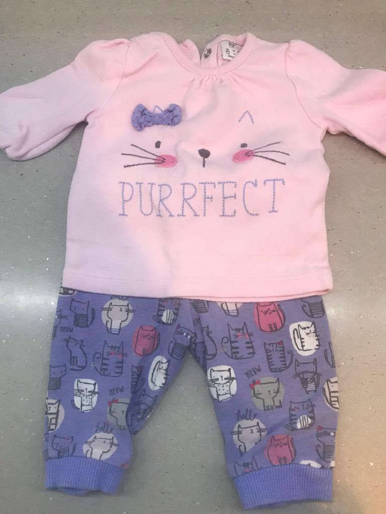 35 Piece Newborn Baby Girl S Clothes Bundle In Leicester
