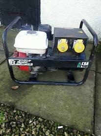 Honda Generator 240v and 110v twin sockets