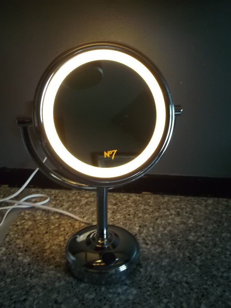 No 7 Illuminated Make Up Mirrorin AberdeenGumtree - No.7 Illuminated Make Up Mirror, From Boots. Double sided Make Up Mirror, one side Normal, Other side 5X Magnified On Off switch for lighting up shines on both sides In Excellent condition. For Collection £10
