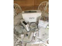 Fantastic condition - Boxed Nintendo Wii with 13 games