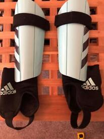 Shin pads Adidas boys age 10 and under