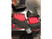 MMA style boxing/grappling gloves