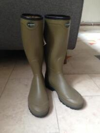 Men's brand new Chameau wellies size 11