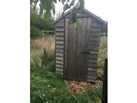 4ft garden shed. Has been used for chickens.