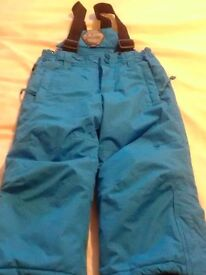 Kids parallel blue snowproof trousers with detachable braces size 2/3 years excellent condition