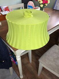 Green light shade