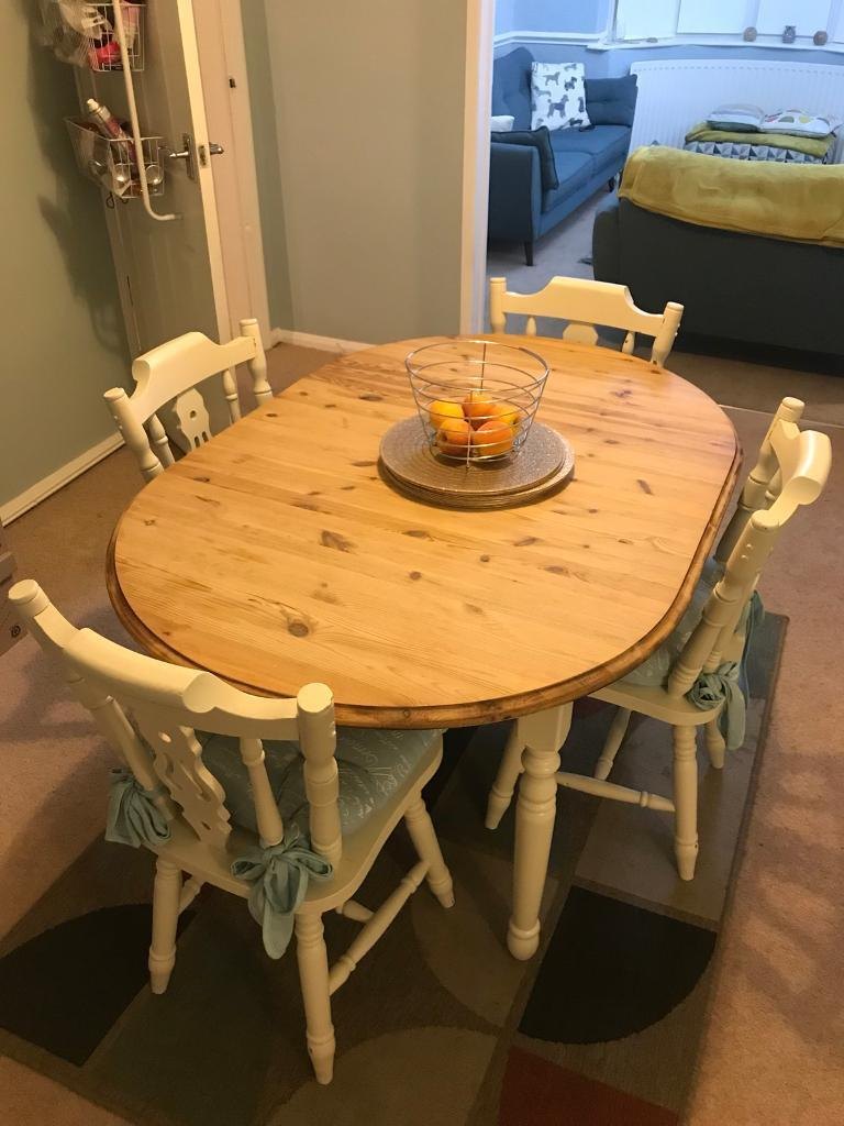 6/4 seater table with 4 chairs