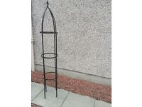 Tiered metal plant stand free