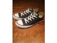 Worn once excellent condition black converse all star trainers size 3 (EUR 35)