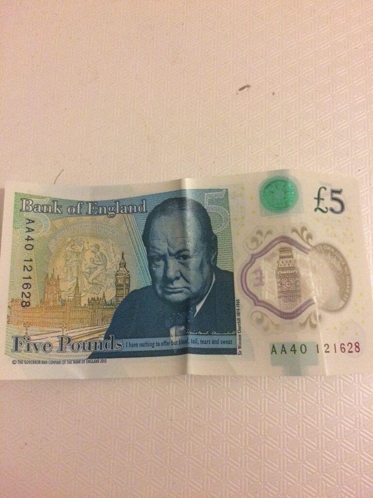 AA40 5 pound bank note