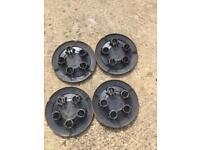 4x Nissan Primastar Wheel Centre Caps