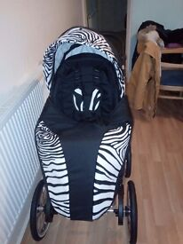 Brand New pushchair for sale 3in1 beautiful Zebra style . Unisex .