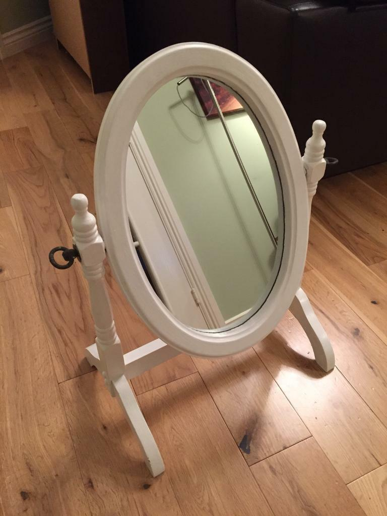 Dressing Table Mirror - Excellent Condition