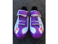 Ladies Diadora Cycling Shoes Size 7.5.