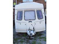 Vanroyce Classic 520-5 1992 5 berth caravan