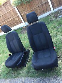 2012 Land Rover discorvy seats x7