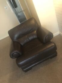 3 seater sofa, 2 chairs & foot stool