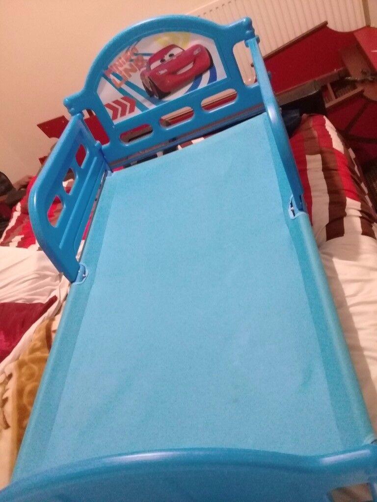 boys racing bed