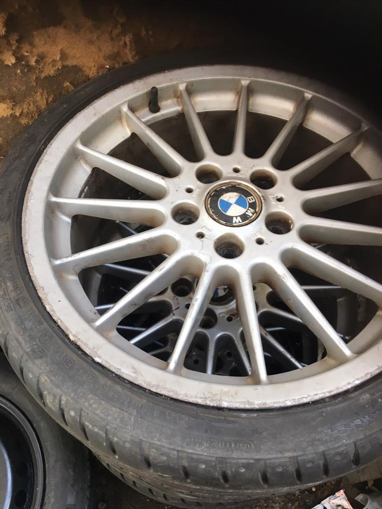 BMW set of 4 ally wheels with tiers 215-40R18