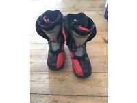 Salomon snowboard boots size uk 12.