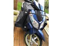 SYM Citi 300i scooter