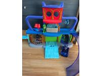 Pj Mask play set with car and 3 figures