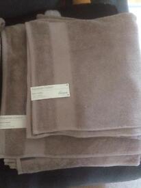 Bath Sheet & Towel set Brand new