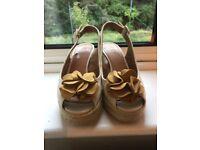 Clarks ladies wedge sandals