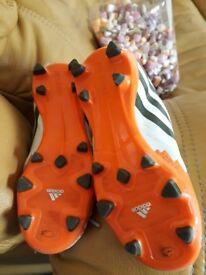 Adidas kids football trainers size uk13