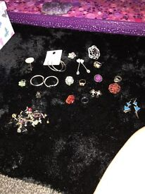 Job Lot of rings, earings and brooches