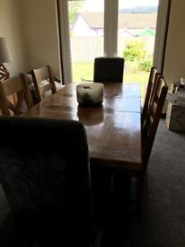 RUSTIC OAK extending dinning TABLE & chairs