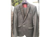 Men's suits for sale - only worn once! EXCELLENT QUALITY*****