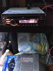 Sony cd explode with aux cdx-gt250mp mp3 45watt wma with cage
