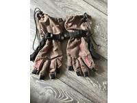UNISEX O'Neil snowboarding gloves, size 7(S)
