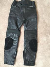 Frank Thomas leather trousers 30
