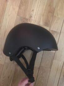 Kids' brand new helmet. Medium