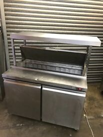 Commercial pizza topping fridge, with top shelve panel