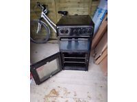 BROWN HOTPOINT FREESTANDING 55CM ELECTRIC COOKER