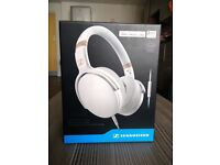 Sennheiser HD 4.30i Around-Ear Closed back Headphones for iOS - White BRAND NEW