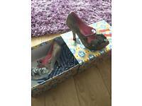 Woman's grey heels size 5