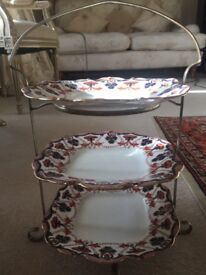 Vintage cake stand and plates