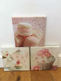 Small shabby chic canvas' pictures