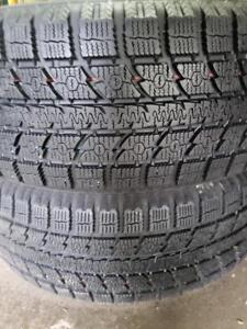 2 Toyo gsi5  235/55r19 winter tires