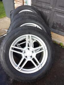 INFINITY JX35 HIGH PERFORMANCE BRIDGESTONE BLIZZAK WINTER TIRES 235 / 60 / 18 ON ALLOY RIMS