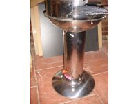 Barbeque device, apparatus